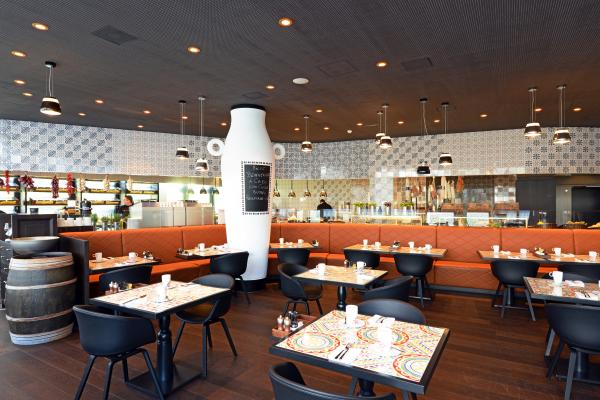 Restaurants bars lounges kameha grand z rich for Grand bar cuisine
